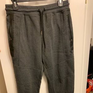 Reebok athletic sweats. great condition!
